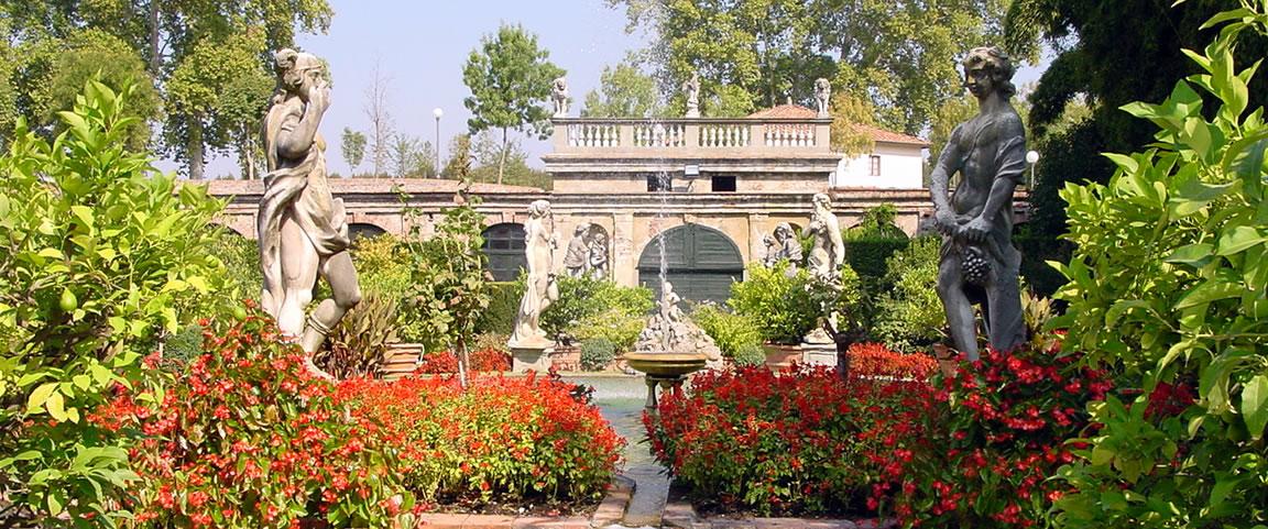 Botanical Gardens Lucca